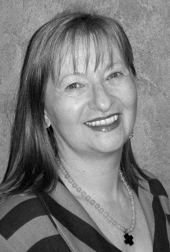 Angela Mackert
