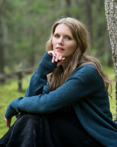 Anna Lovind