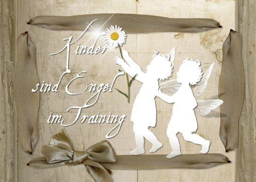 Kinder sind Engel im Training