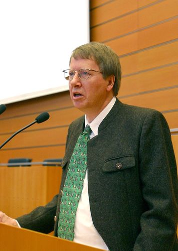 Martin R. Textor