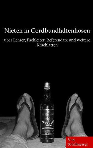Nieten in Cordbundfaltenhosen
